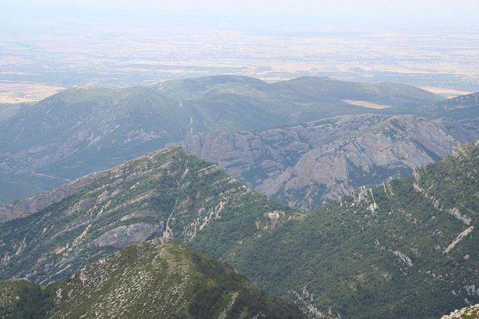Vista de la cara sur y el pico Borón