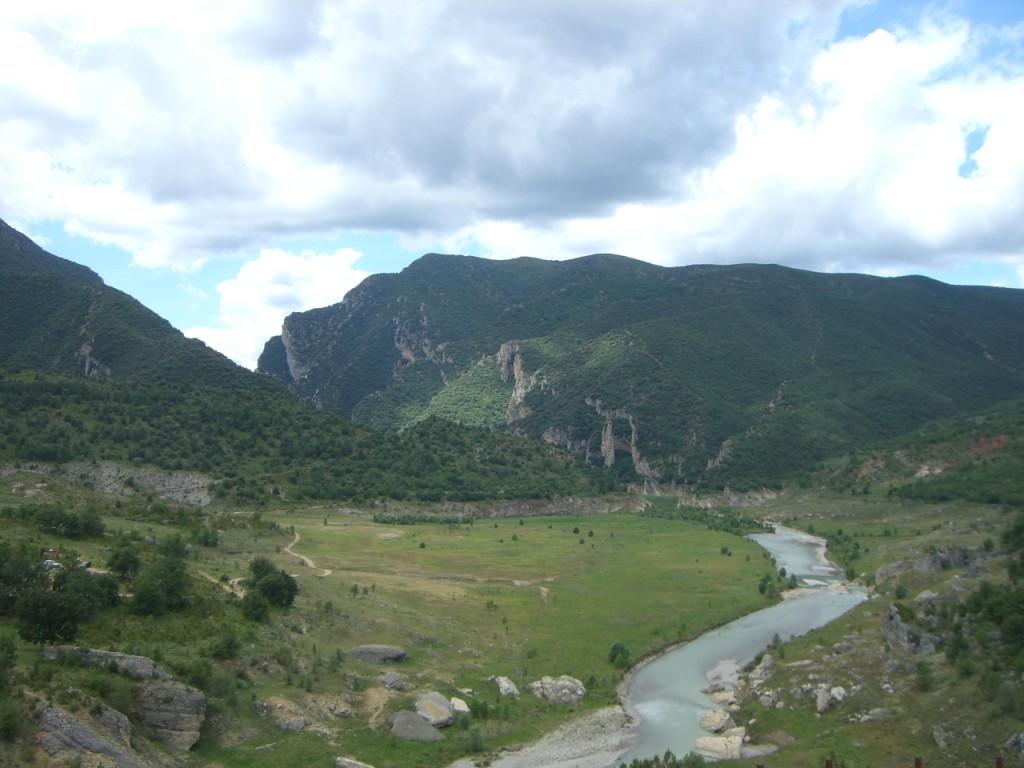 Rio Noguera Ribagorzana. Cola del embalse de Canelles