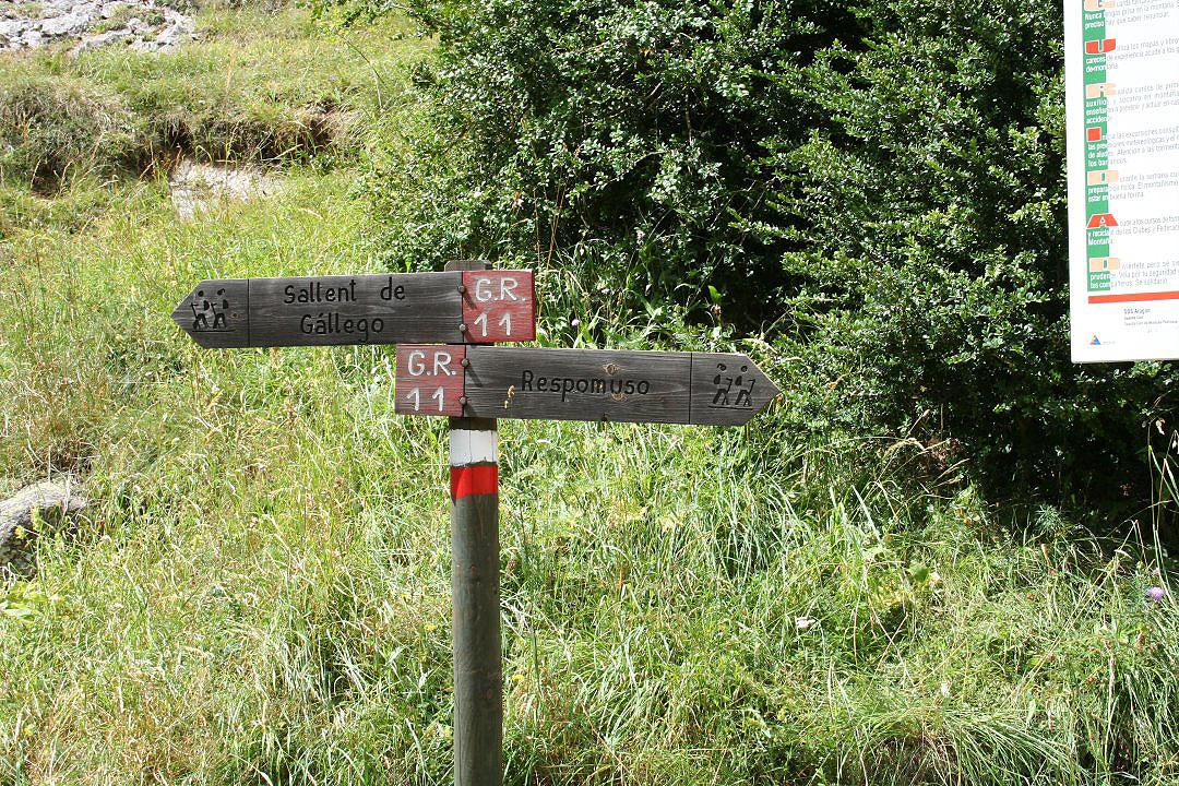 Señalización de acceso al Refugio