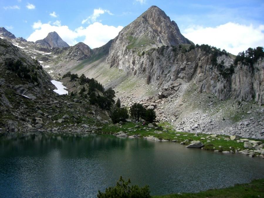 Ibon de la Renclusa y Pico de Paderna