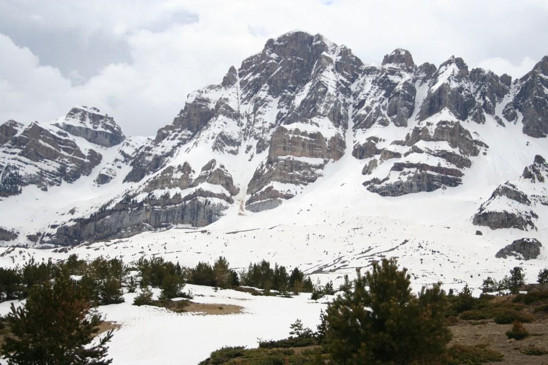 Sierra de la Partacua desde el Ibón