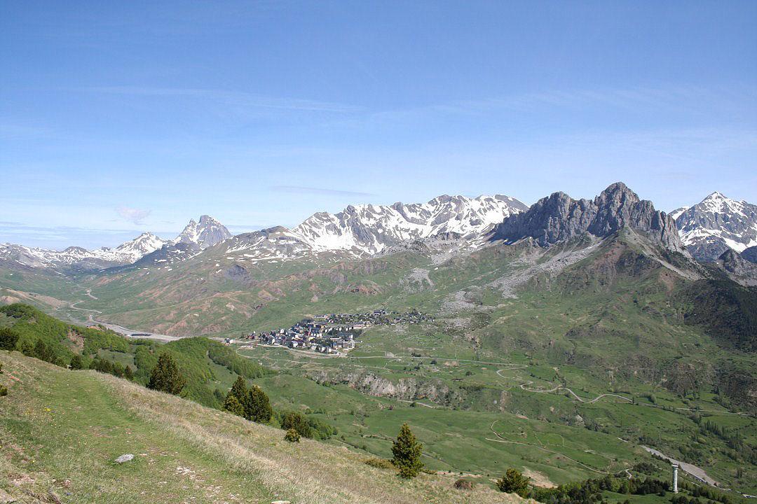 Vista de Formigal Peña Foratata y Midi Ossau