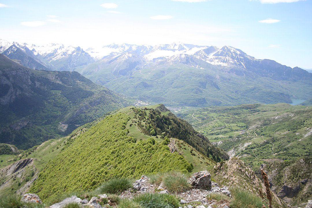 Hoz de Jaca y Sierra de Tenderena