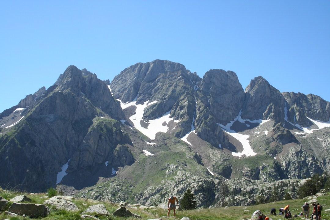 Tucas de Ixeia desde el Gran Ibón de Batisielles
