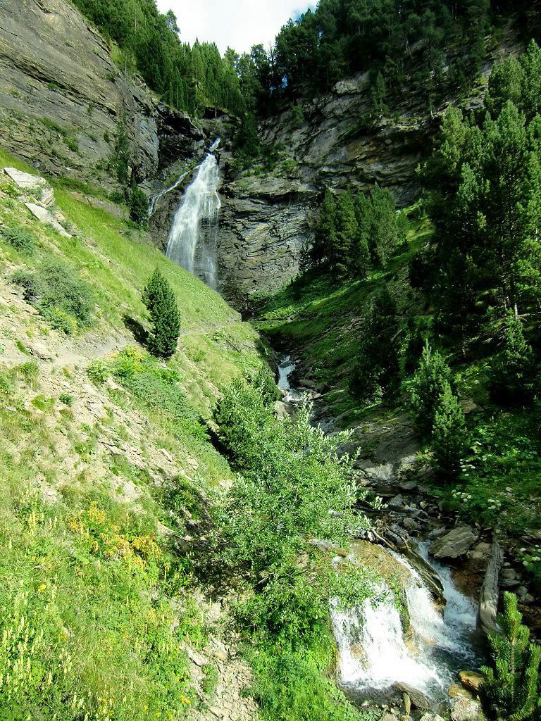 Bom 5 Cascadas de Ardonés