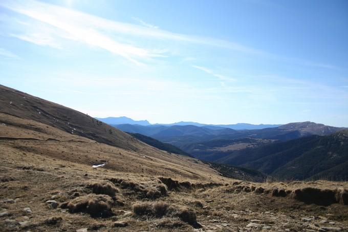El sendero GR-15 hacía el pueblo abadonado de Otal