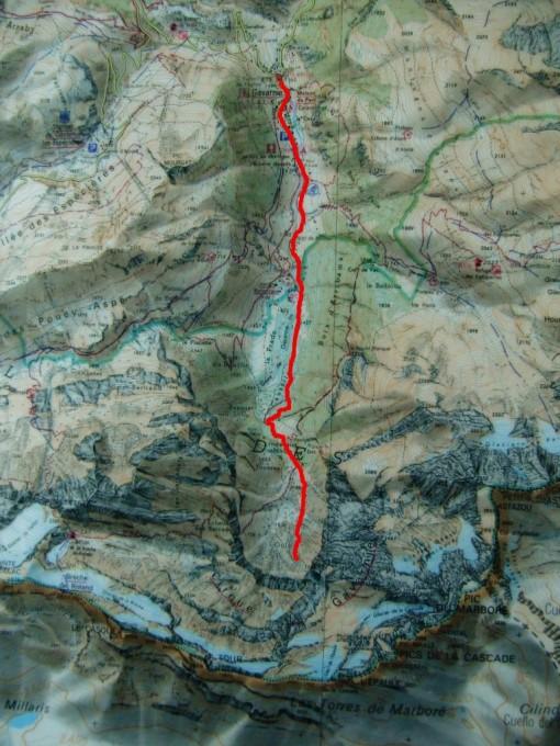Itinerario sobre mapa topografico
