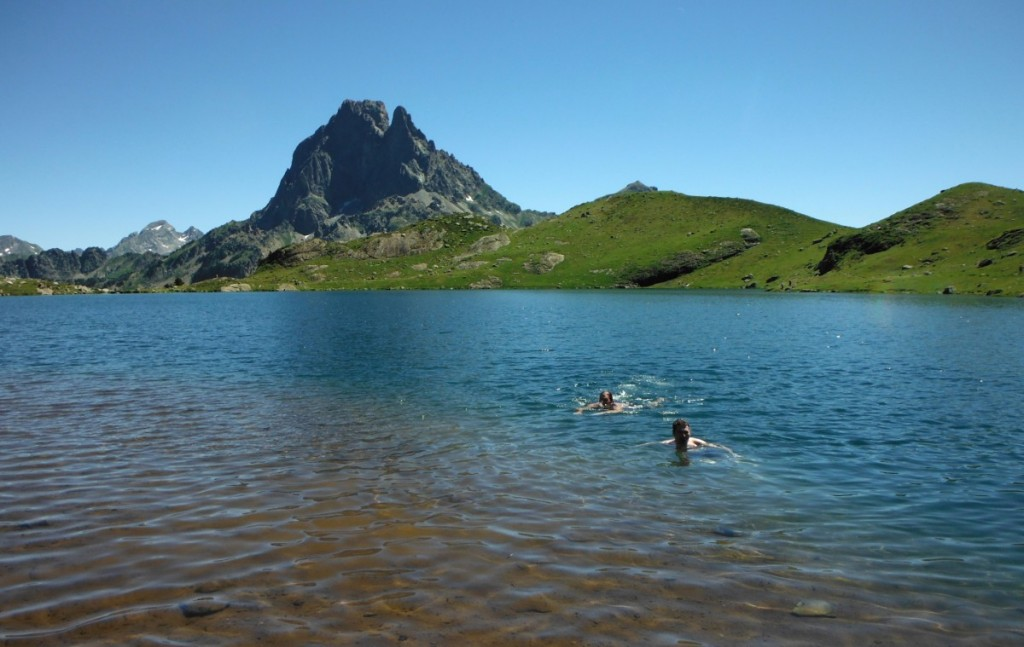 Ayous 20.4 Lac Gentau