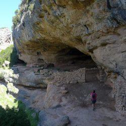 Pozas del Formiga y Cueva de las Polvorosas