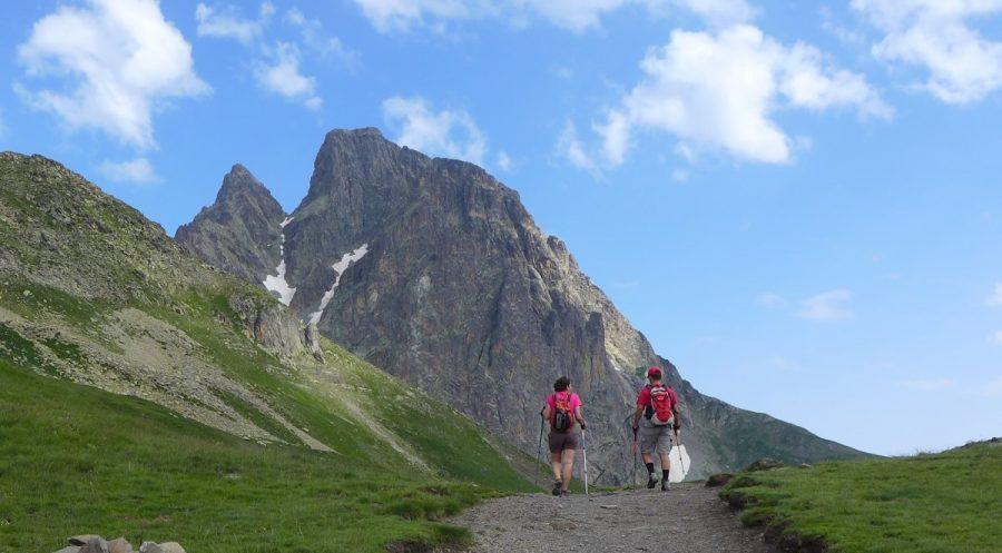 Collado Soum de Pombie, con el pico Midi d´Ossau al fondo.